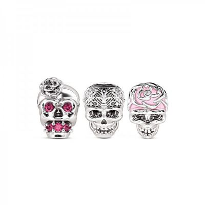 Red Skull Charms Set