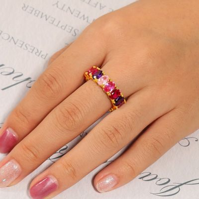 Fuchsia Gradient Oval Band